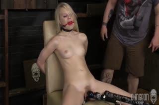 Развратницы обожают фетиш порно с извращениями №2081