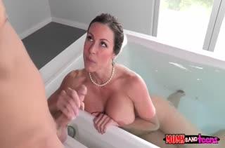 Групповое порно видео с классными подружками №2232