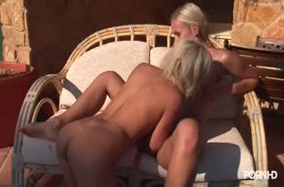 Беспредельное порно видео в массажном кабинете №2046