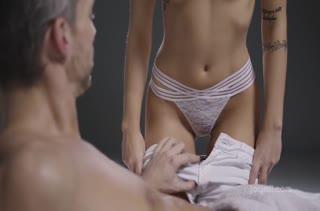 Классный секс в массажном кабинете бесплатно №2786