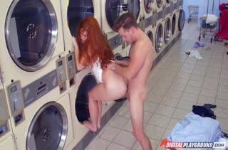 Подружка показывает мастерский оральный секс №3642