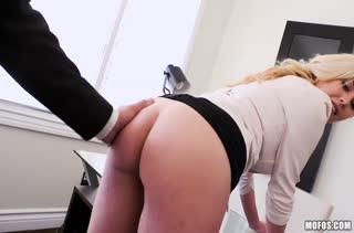 Классное порно видео в офисе с работниками №2933