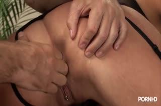 Секс после работы в кабинете №3461 смотреть
