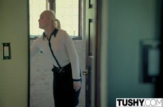 Секс после работы в кабинете №3463 смотреть