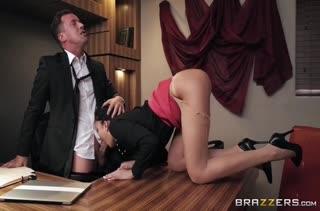 Классное порно видео в офисе с работниками №3471