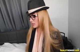 Классное любительское порно видео от первого лица №2062