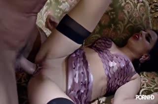 Порно с аппетитными телочками в чулках №3404