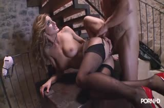 Порно с аппетитными телочками в чулках №3570