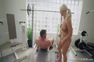 Смачное порно с красавицами в лосинах №3550